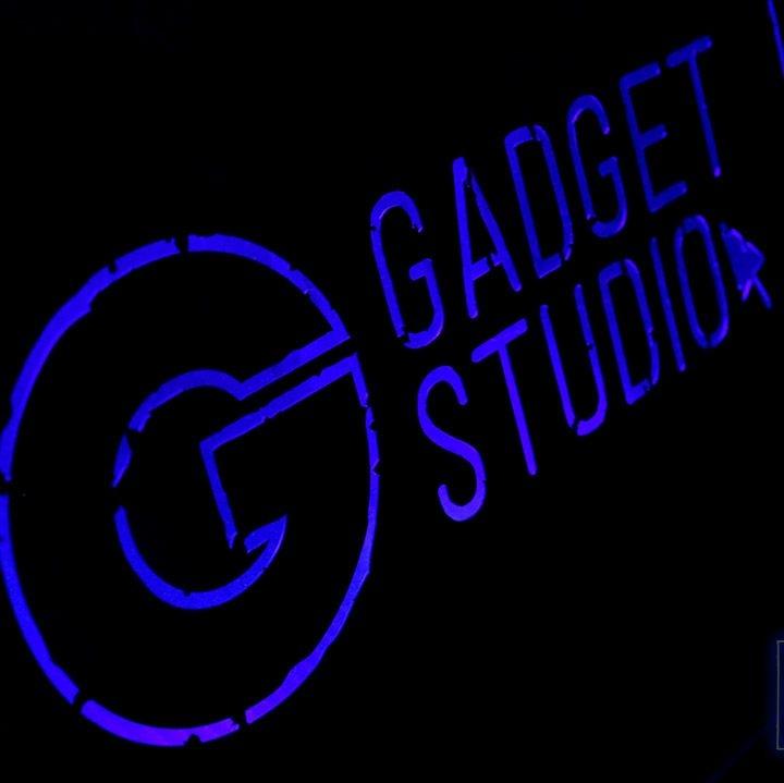 Логотип площадки Gadget Studio Bar